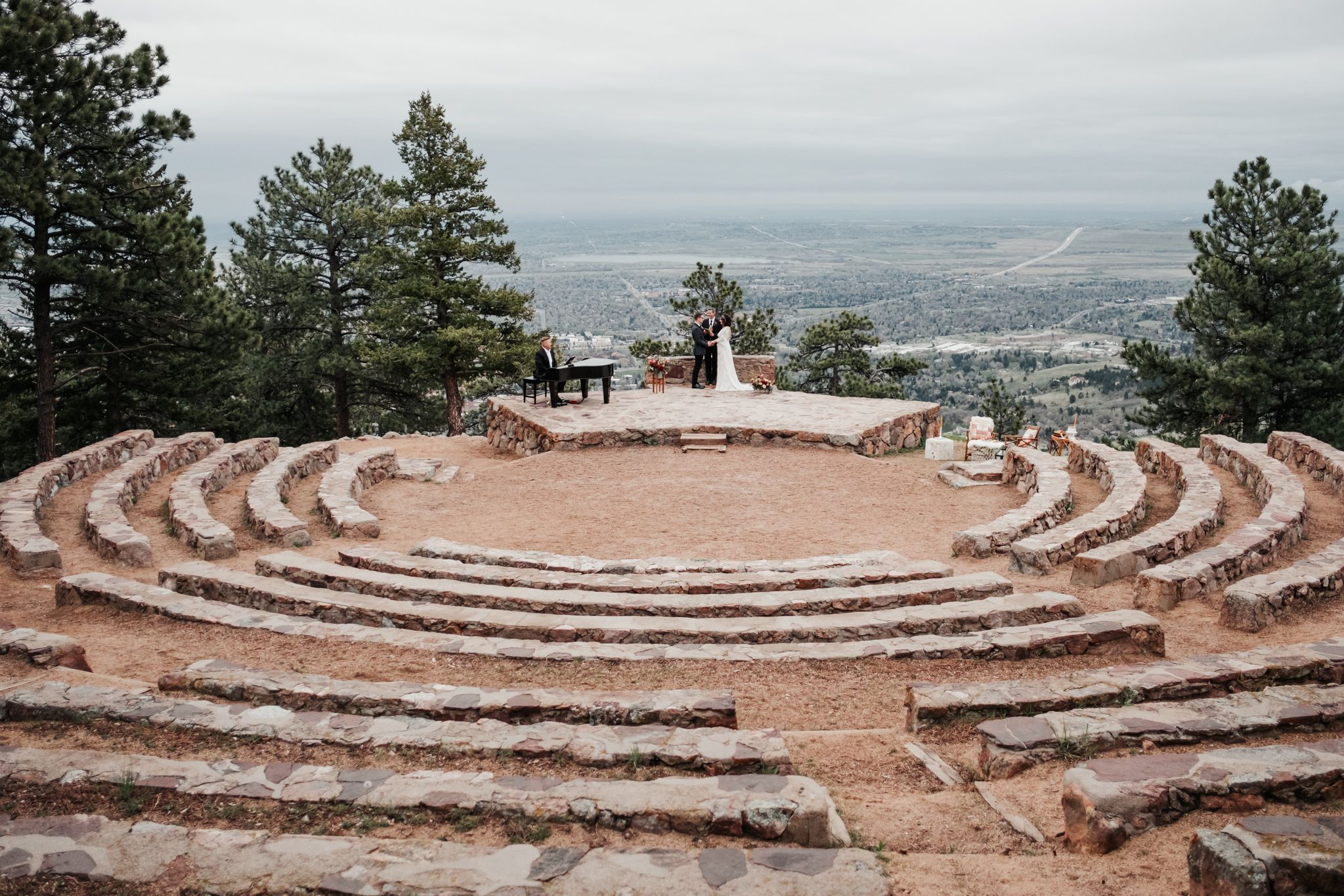 Styled Vow Renewal At Sunrise Amphitheater In Boulder Colorado Wedding Venues Colorado Wedding Mountain Wedding Venues