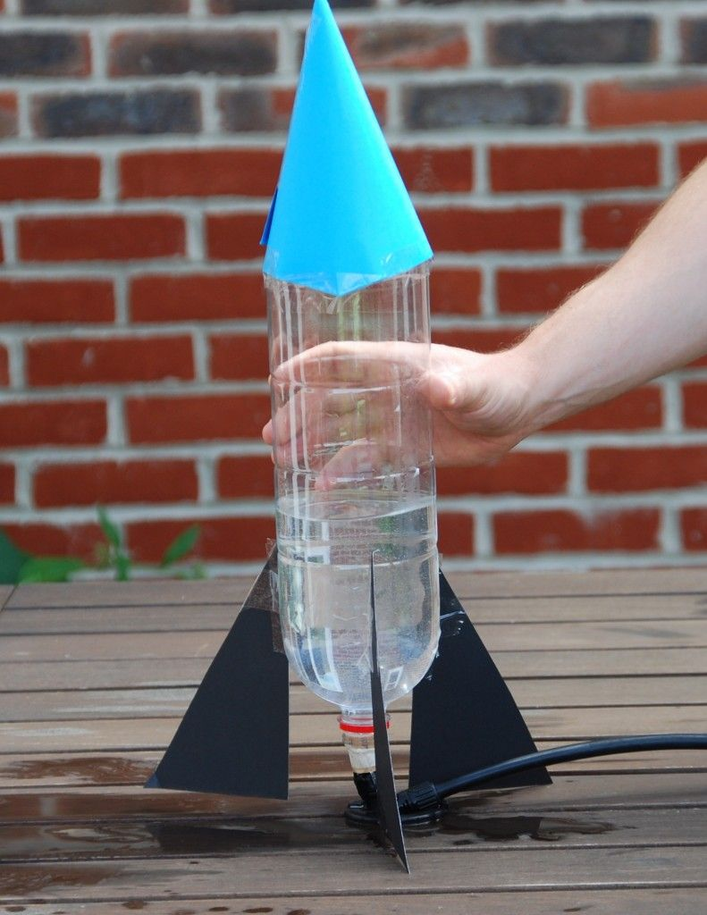 Bottle Rocket Your Kids Can Make This Uses A Needle Valve And Cork Instead Of The Special Nozel That Most Use