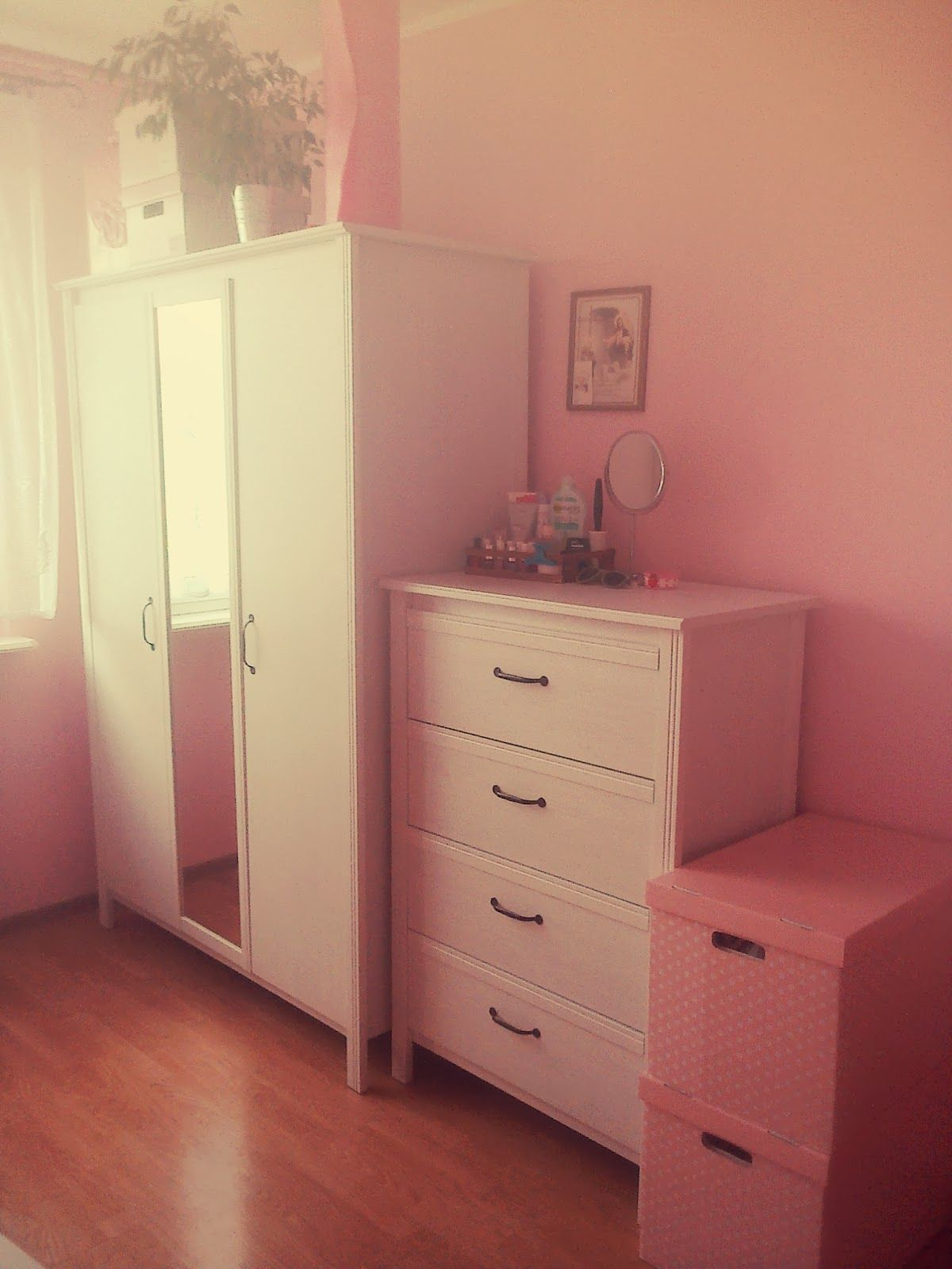 ikea brusali ikeafurniturespotting ikea furniture spotting pinterest bedrooms room and. Black Bedroom Furniture Sets. Home Design Ideas