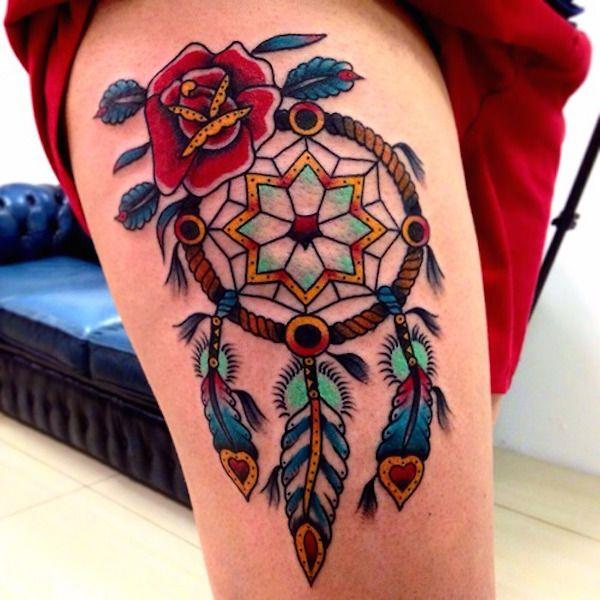 Photo tattoo feminin attrape reve indien style oldschool - Attrape reve tatoo ...