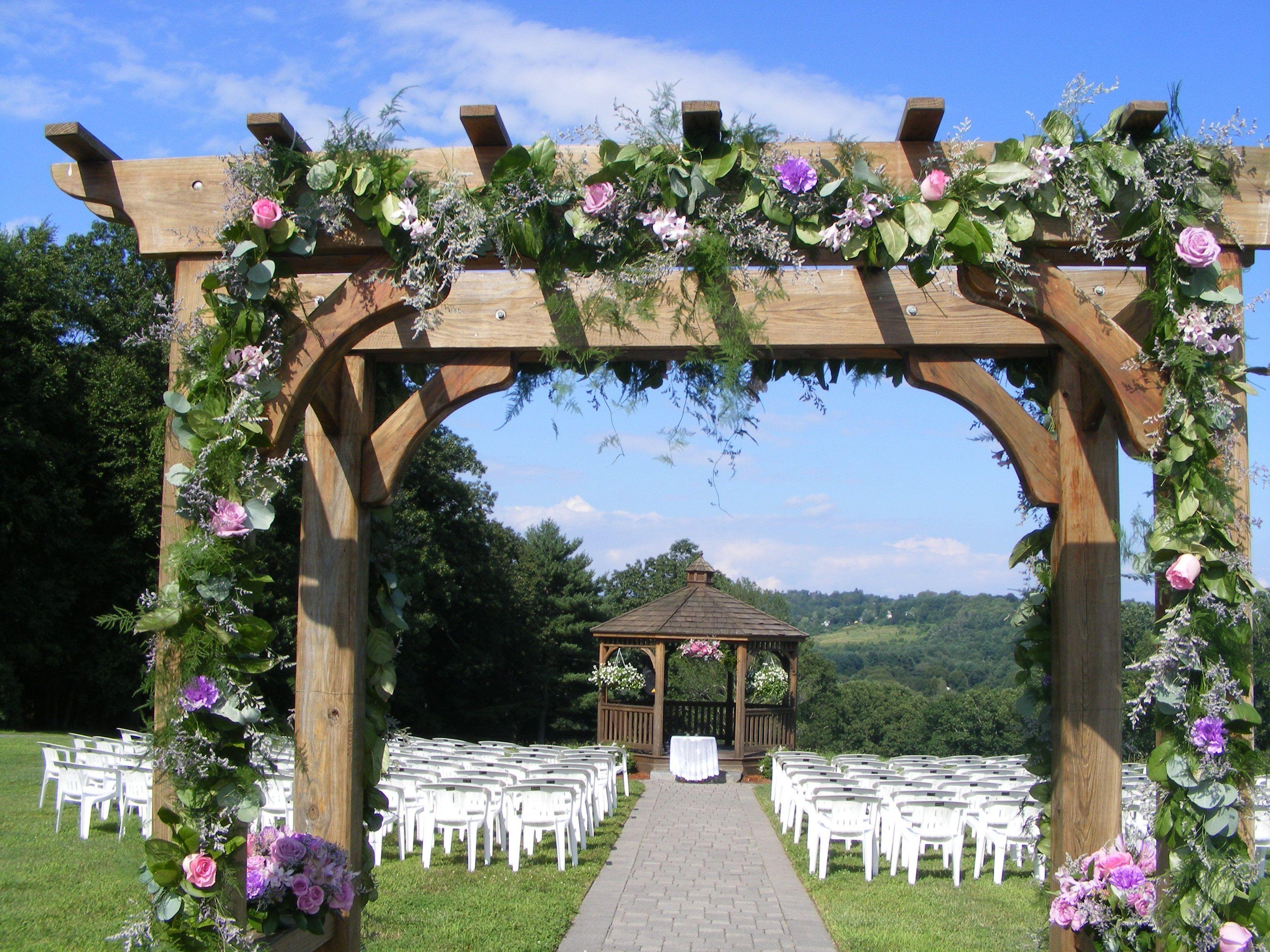 Missing The Clear Blue Skies With Images Affordable Wedding Flowers Wedding Florist Beautiful Wedding Flowers