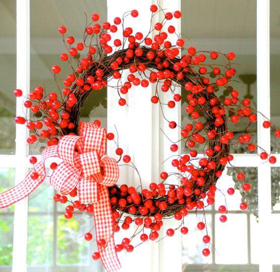 Beautiful Outdoor Valentine's Wreath