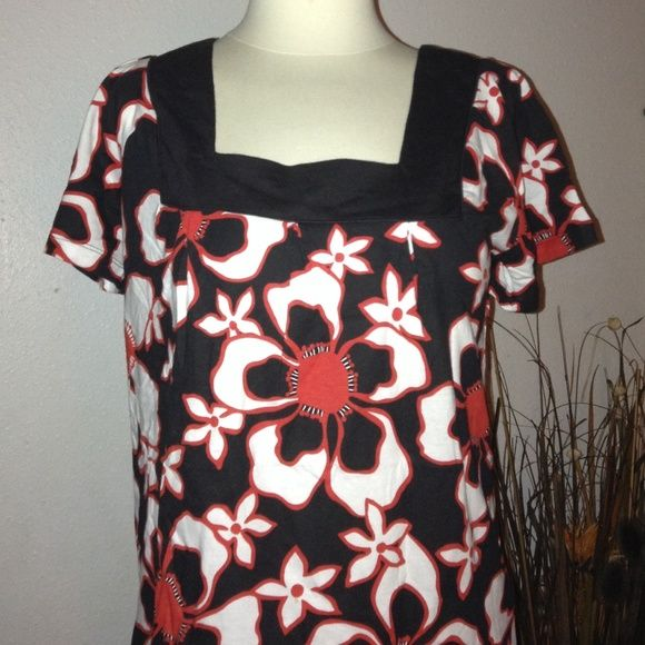 Tommy Hilfiger Top Medium Tommy Hilfiger top size Medium. In excellent condition Tommy Hilfiger Tops