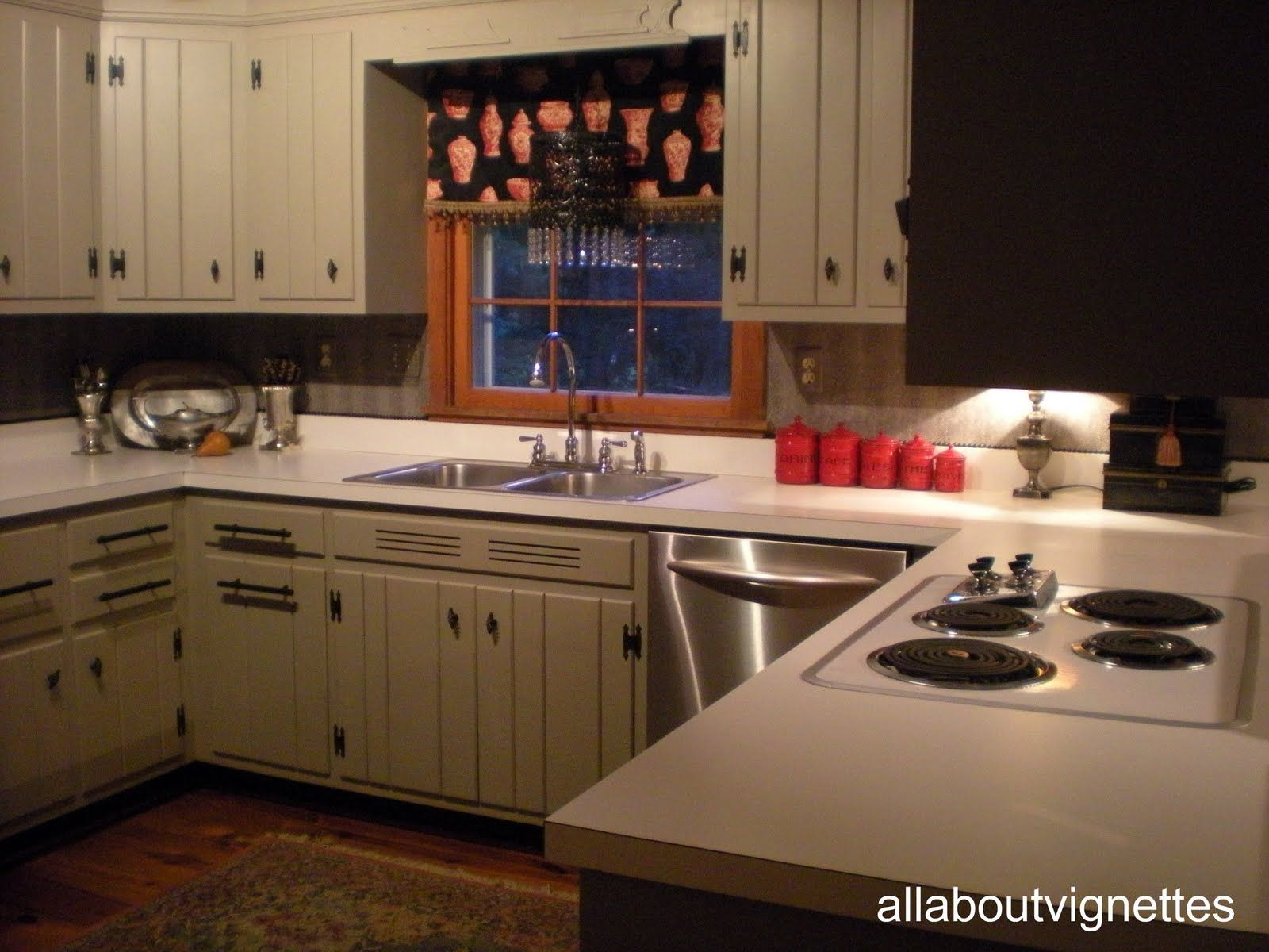 A Favorite Feature A Back Splash Alternative In My Knotty Pine Kitchen Knotty Pine Kitchen Knotty Pine Cabinets Pine Kitchen