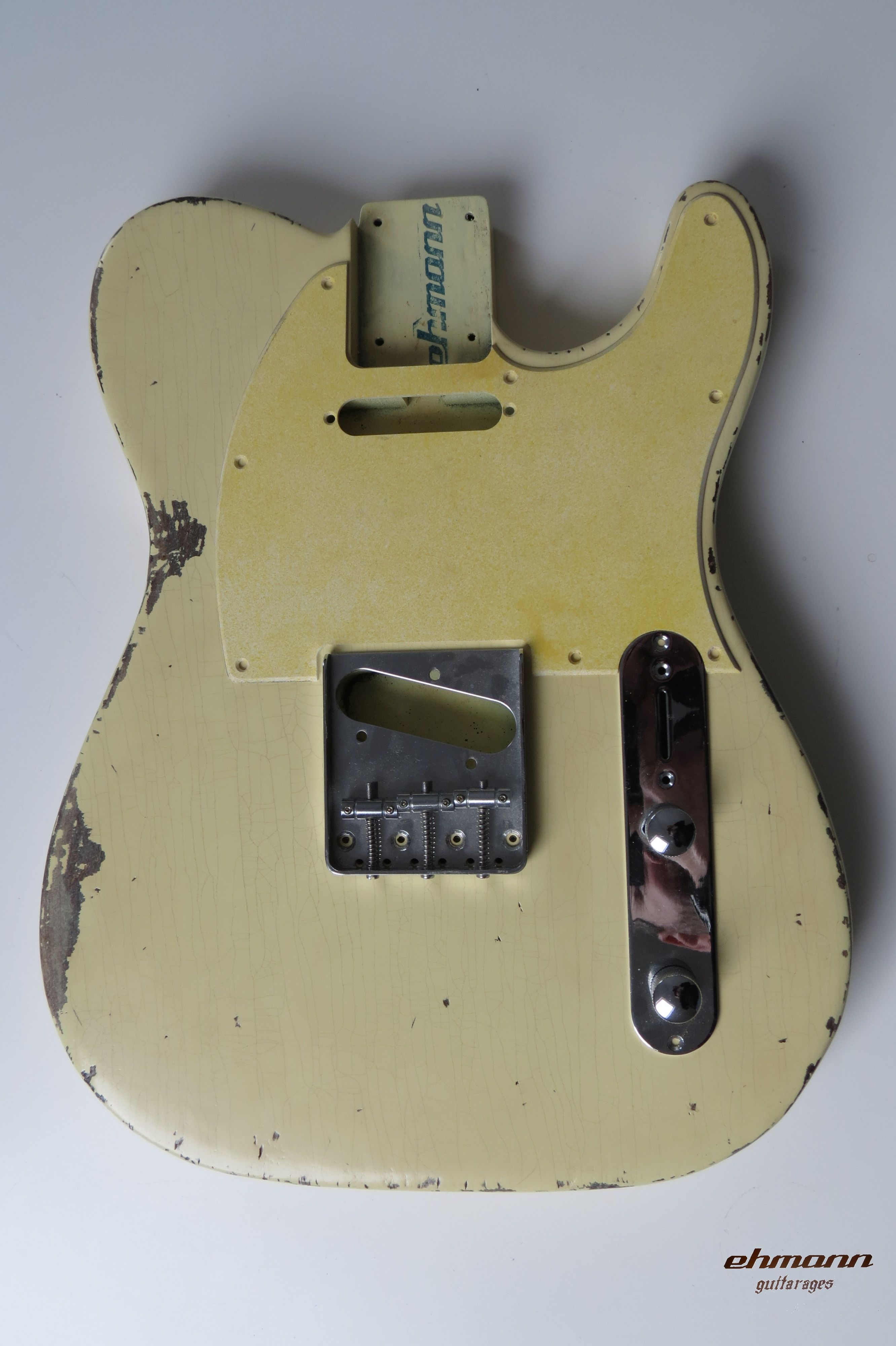 Ehmann Guitarages Aging Guitar Vintage Custom Gitarre Aged Body