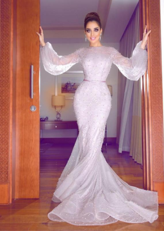 موديلات فساتين انستقرام للسهرة استوحيها من النجمات العرب مجلة هي Prom Dresses Long With Sleeves Long Sleeve Evening Dresses Soiree Dress