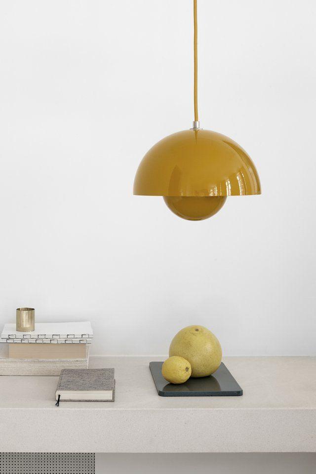 Une suspension design jaune citron, &Tradition
