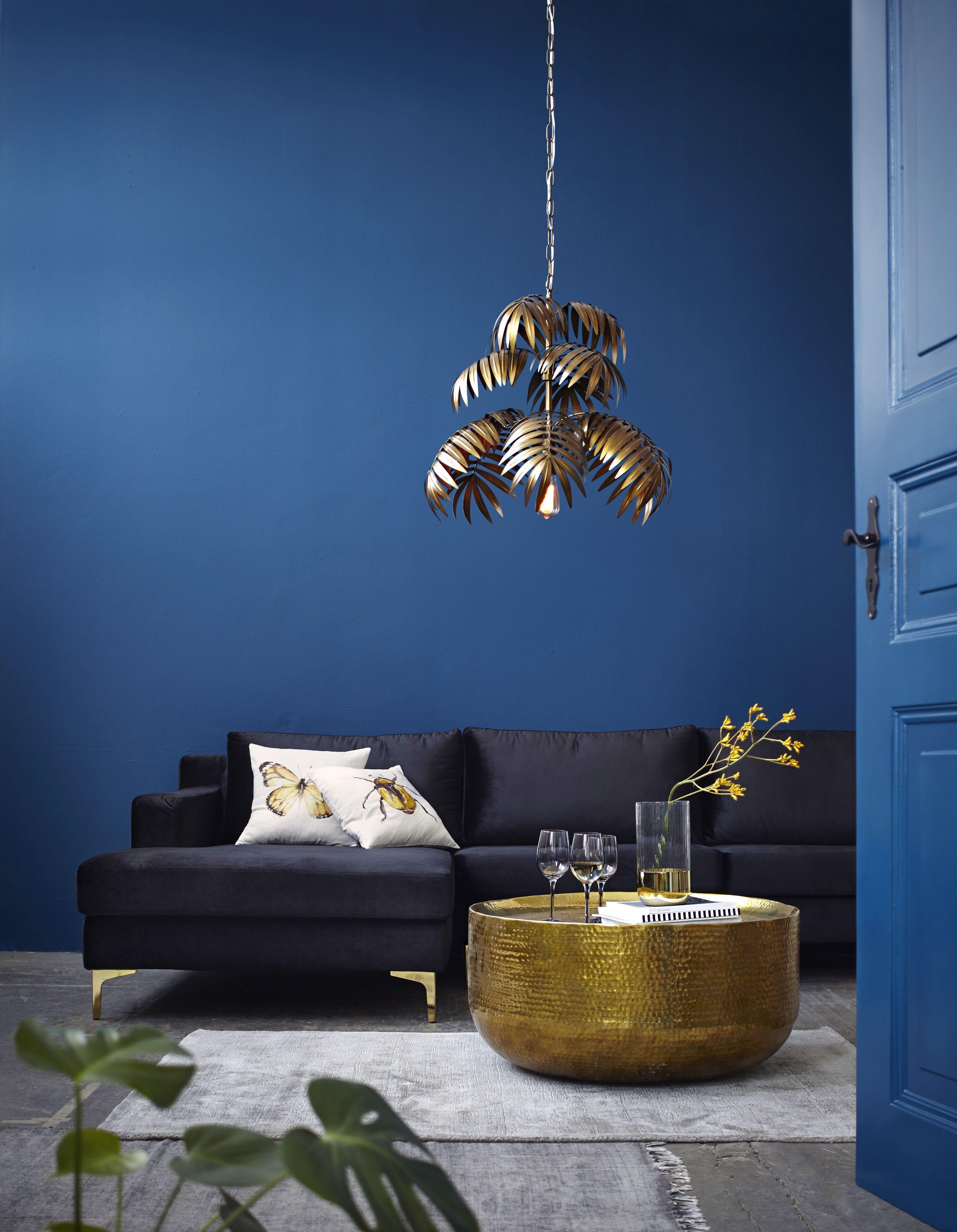 Ein Schoner Abend Auf Der Couch Gefallig Couch Livinginspo Livingroom Style With Images Interior Interior Styling Design