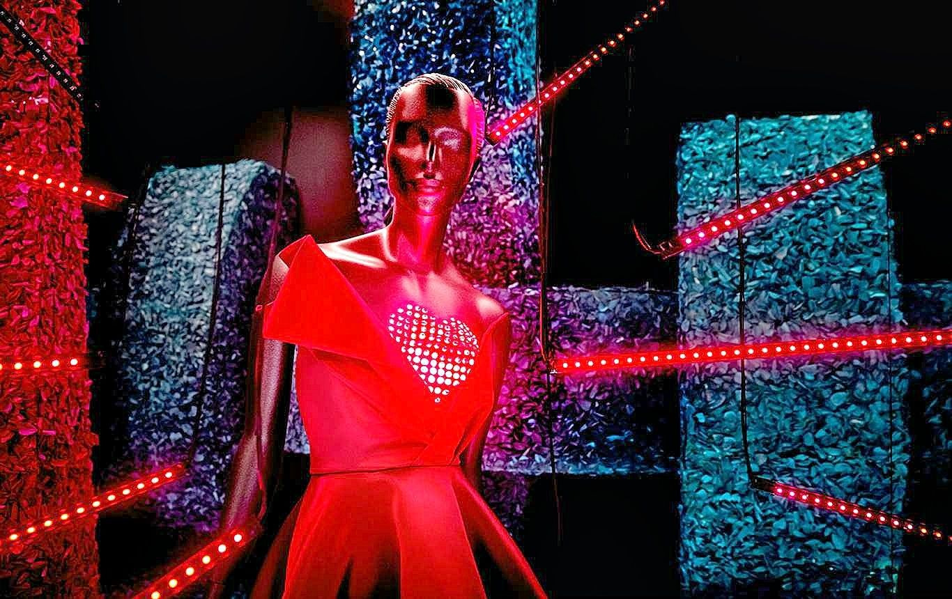 Wistia video thumbnail H&M Love Mannequin Exhibition