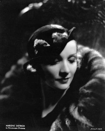 サレント時代のグレタ・ガルボとディートリッヒの帽子