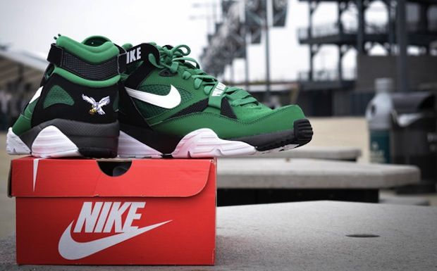 "b444e37e2b16f8 Nike Air Trainer Max  91 ""Philadelphia Eagles"""