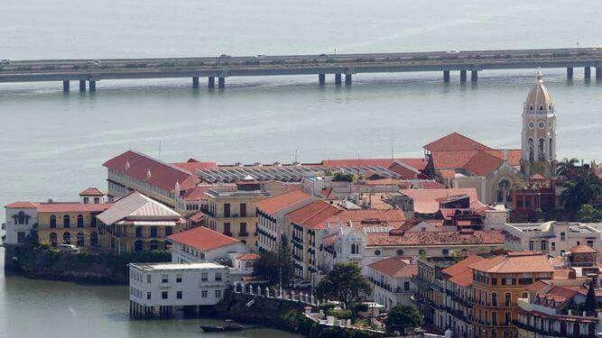 Casco viejo y Bahia de Panamá /cinta costera.