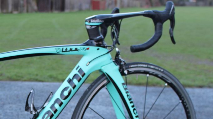Bianchi Oltre Xr4 Road Bike Reviewed Bike Reviews Bicycle