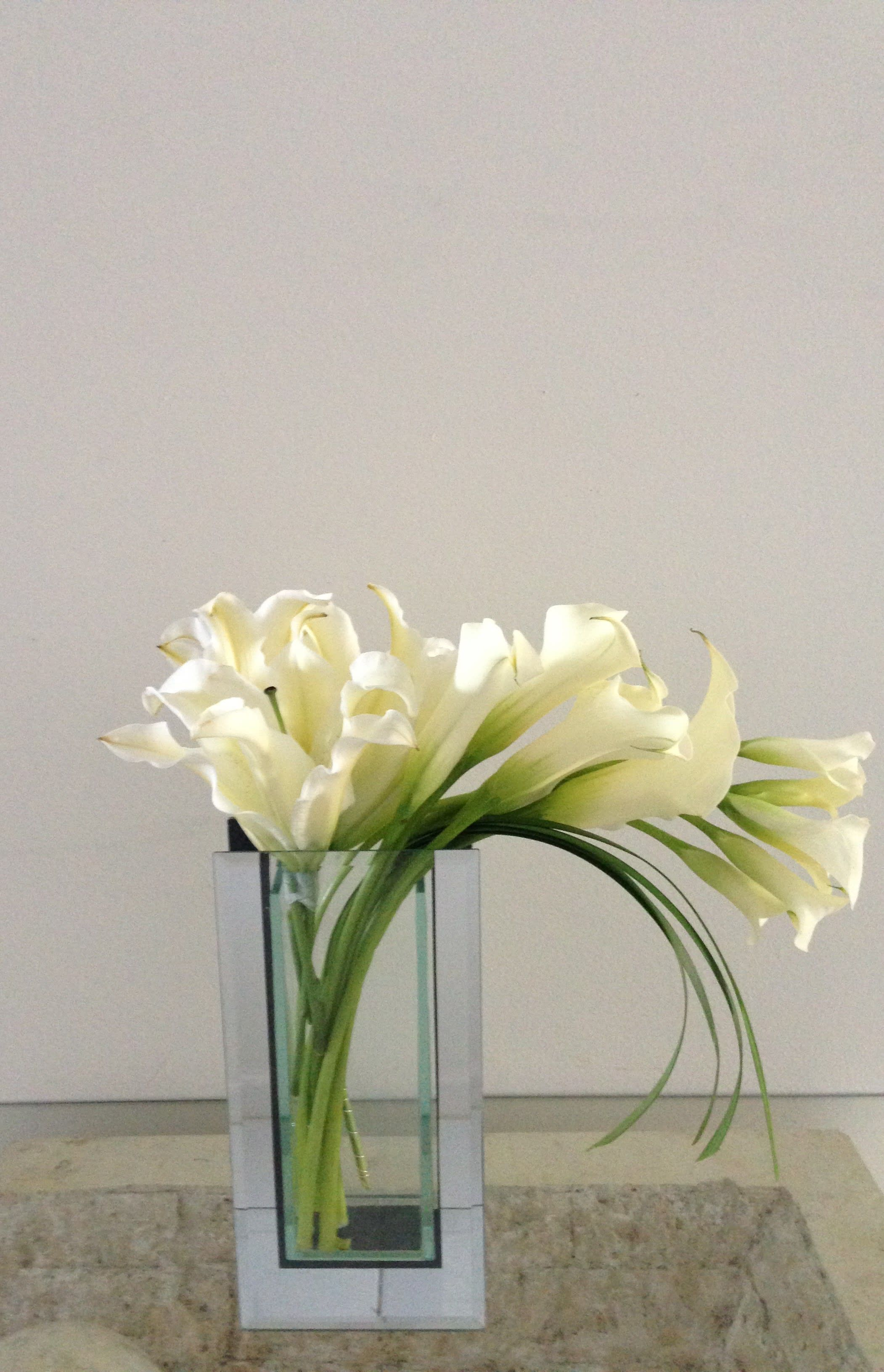 Lily in Harmony in West Palm Beach, FL | Burst of Class Florist