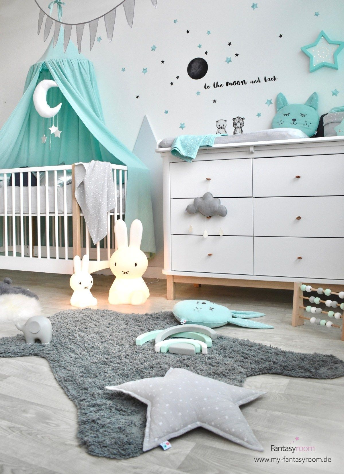 Babyzimmer mit Bergen bei Fantasyroom online kaufen