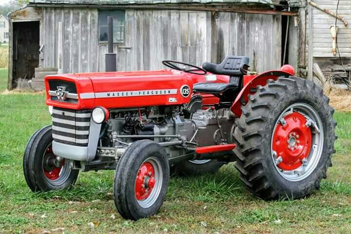 Massey-Ferguson 135 | tractor and attachments | Massey