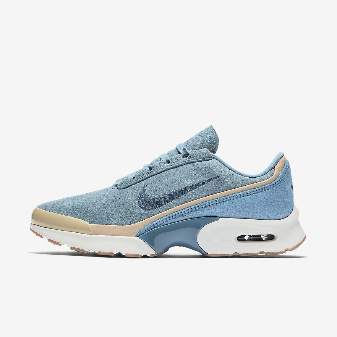 sneakers for cheap 5b8cc 1a25f Découvrez toute la collection de chaussures, vêtements et équipements Nike  sur www.nike.
