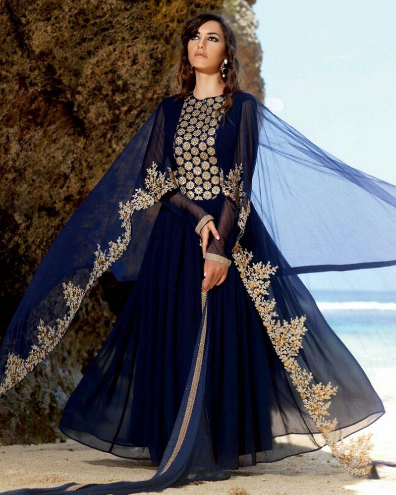 robe bleu marine d 39 t indo western suits en soie tenue de mariage avec broderie dor et ch le. Black Bedroom Furniture Sets. Home Design Ideas