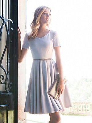 Schönes Standesamt Kleid!