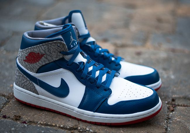 Available  Air Jordan 1 Mid