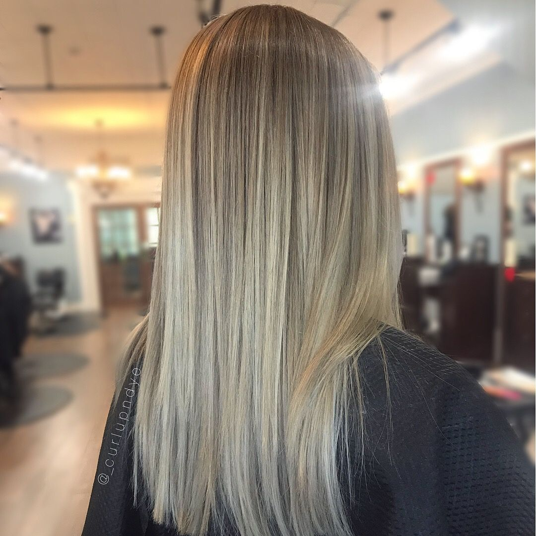 Straight hair blonde balayage ombre blond in pinterest
