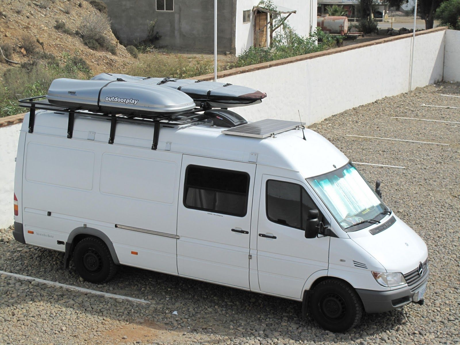 Good placement of vent for roof rack panel and cook area for Mercedes benz sprinter camper