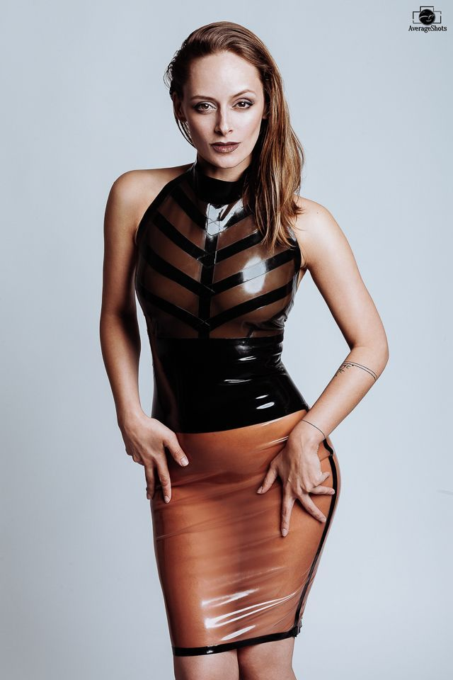 Skirt translucent latex