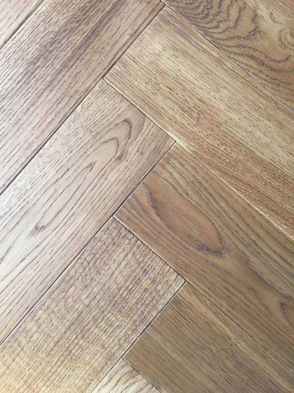 Kantenschutzprofil Woodtec Lt By Profilitecwoodtec Ltcoventry Oak Laminate Flooringc In 2020 Engineered Wood Floors Wood Laminate Flooring Engineered Hardwood Flooring
