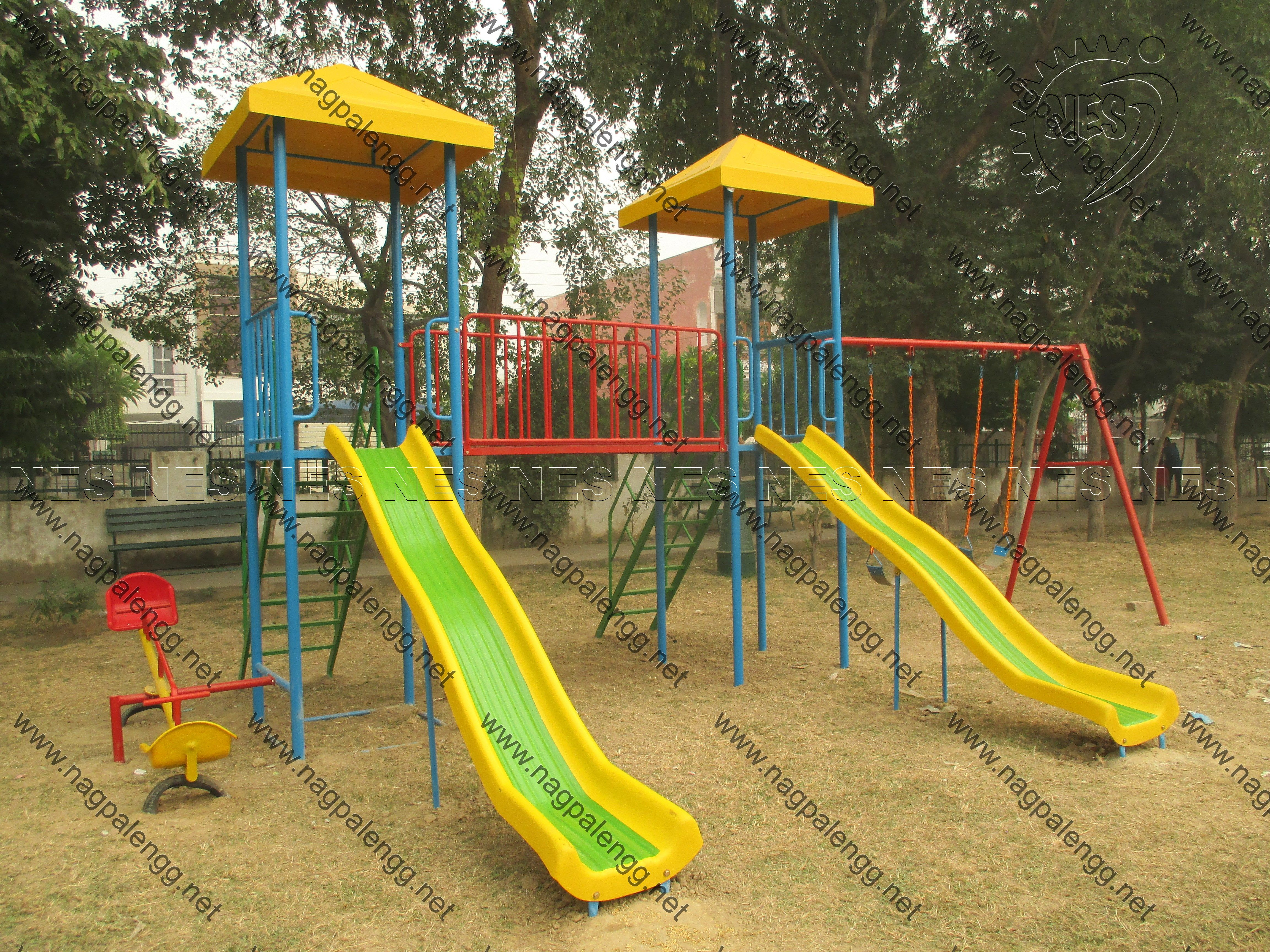 outdoor play equipment India, kids play equipment India