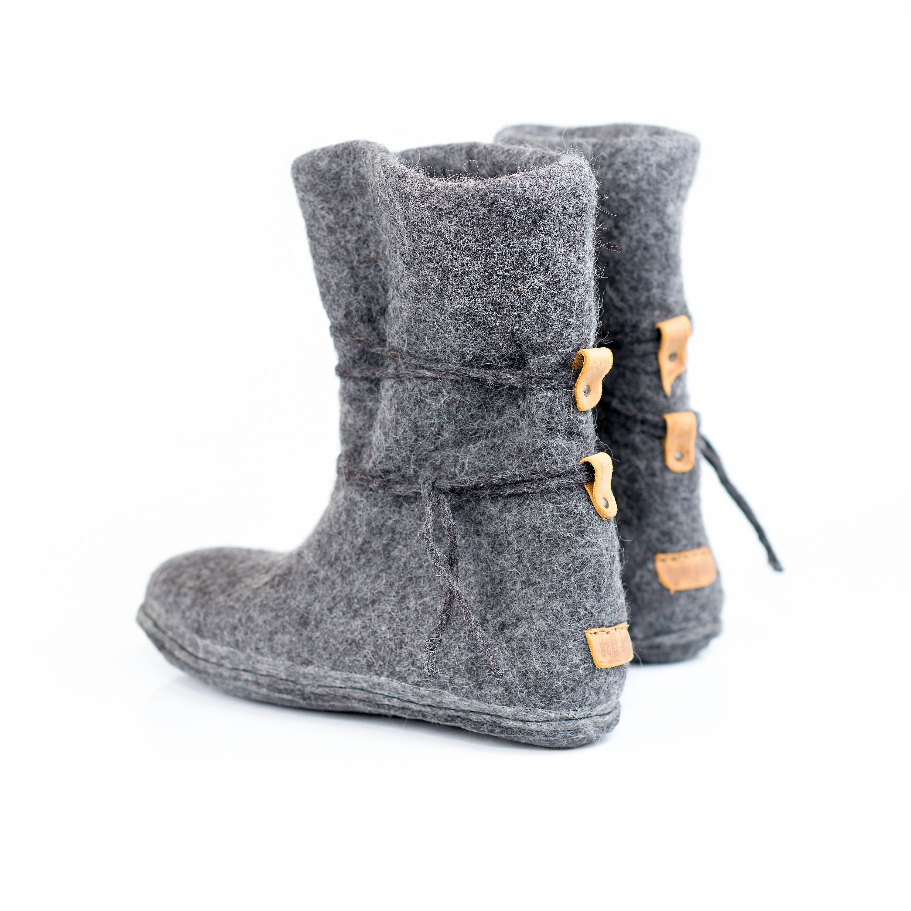 a6fad3ccbb030 Extra warm gray winter boots with laces, Women felted wool boots ...