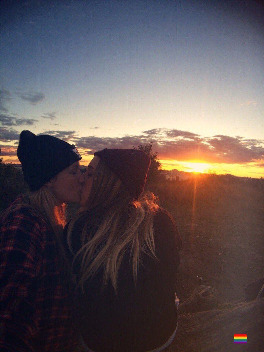1 Twitter Cute Lesbian Couples Lesbian Girlfriend Goals