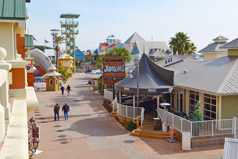 Destin Fl Harborwalk Village Located Near The Resorts Of Pelican Beach Features