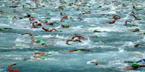 #Ironman #triathlon #swim strategy on IronStruck. Ironman Hawaii swim course in Kona Harbor.