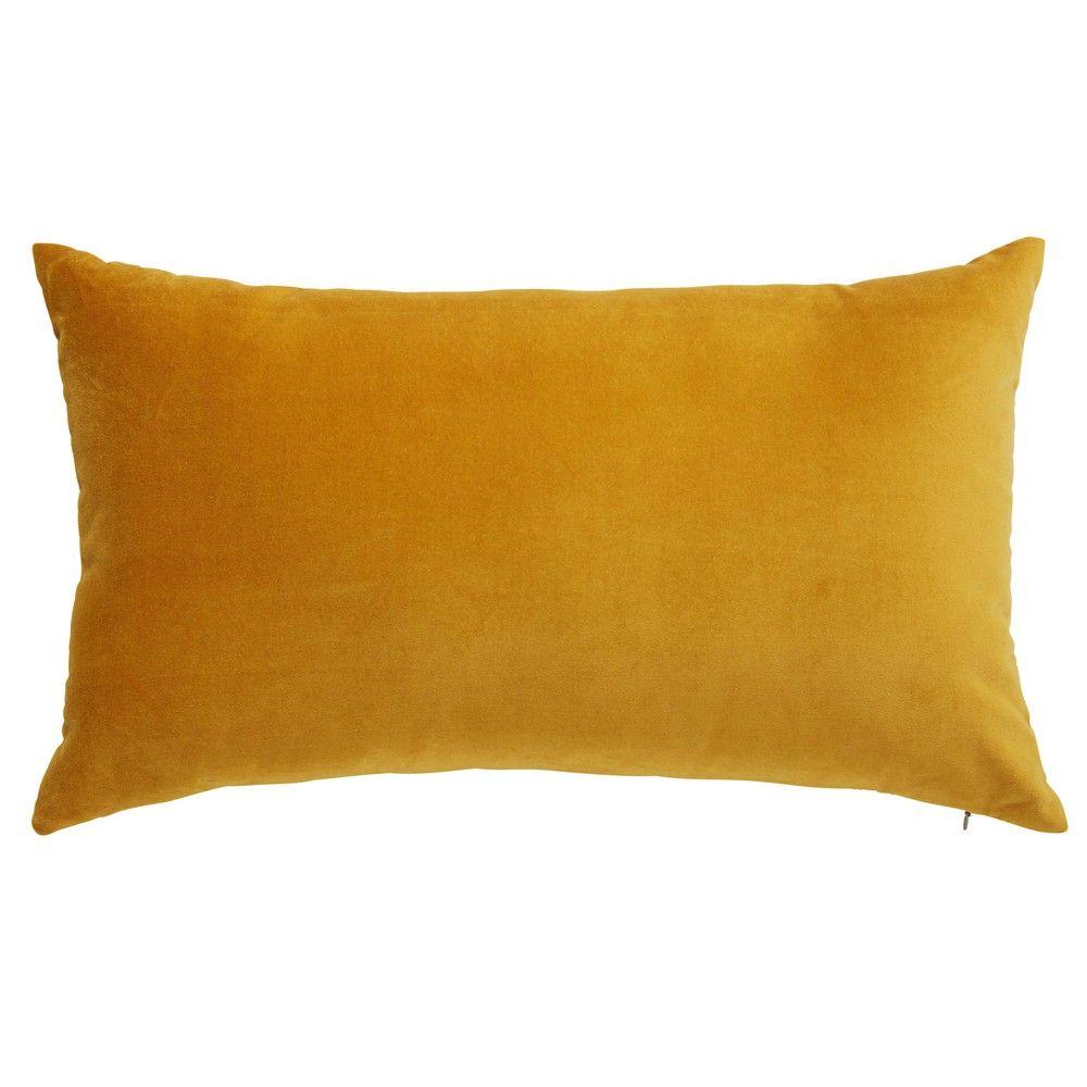 coussin en velours jaune moutarde 30x50cm maisons du monde