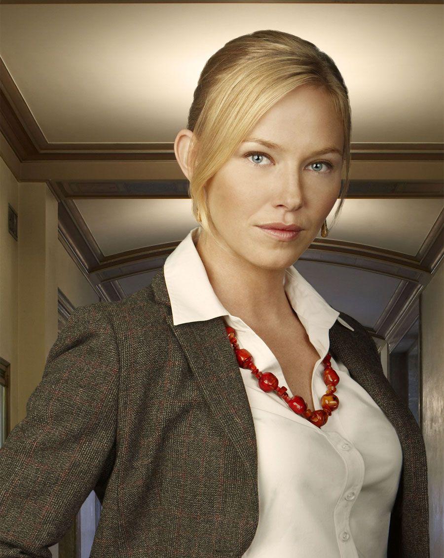 Kelli Giddish as Det Amanda Rollins / Law Order SVU | Kelli Giddish ...