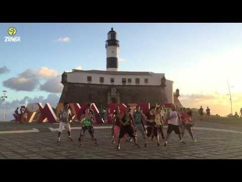La bicicleta Zumba coreografía  Ver vídeos de Zumba  | ZUMBA