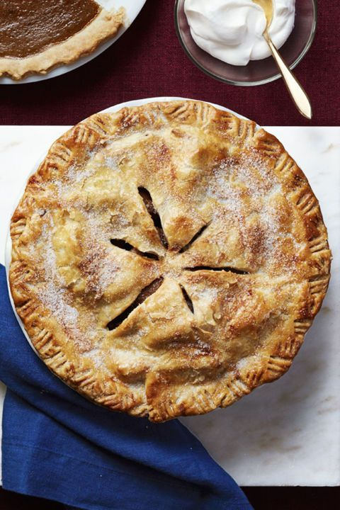 Pear Pie: A fresh alternative to classic apple pie. Having a slice of this tasty pear pie as Thanksgiving dessert is sure to be a delightful treat for your whole family. Find more easy homemade Thanksgiving pie recipes and dessert ideas here.