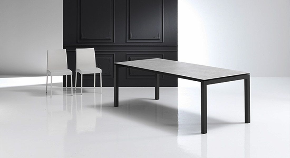 Table c ramique extensible mobliberica julia meubles for Meuble table extensible