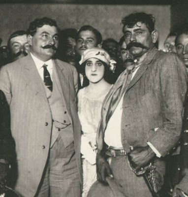 Mexican Revolution: Zapata on the right