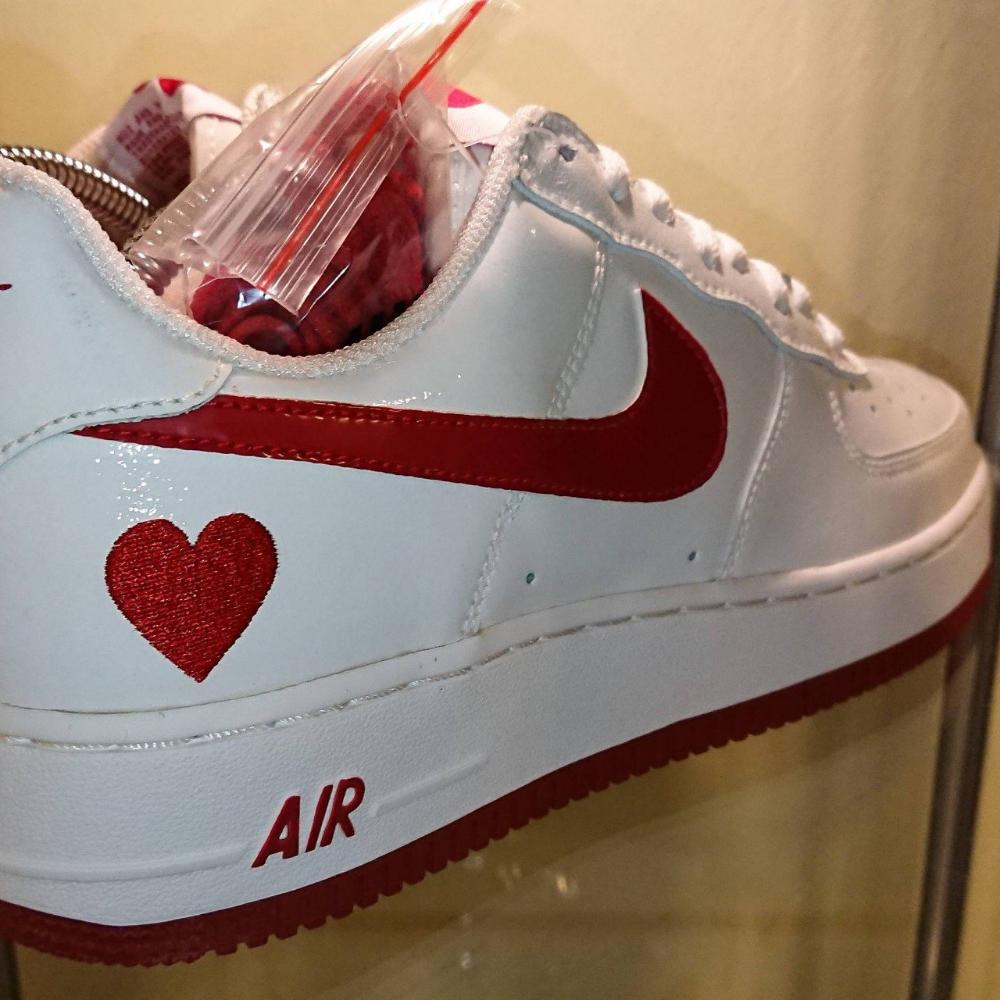 Rare Nike Air force 1 Valentine's Day 100%... - Depop   Sapatos ...
