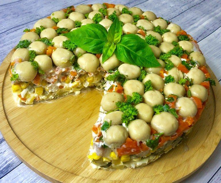 Salatka Lesna Polana Ze Sledziami Blog Z Apetytem Food Breakfast Avocado Toast