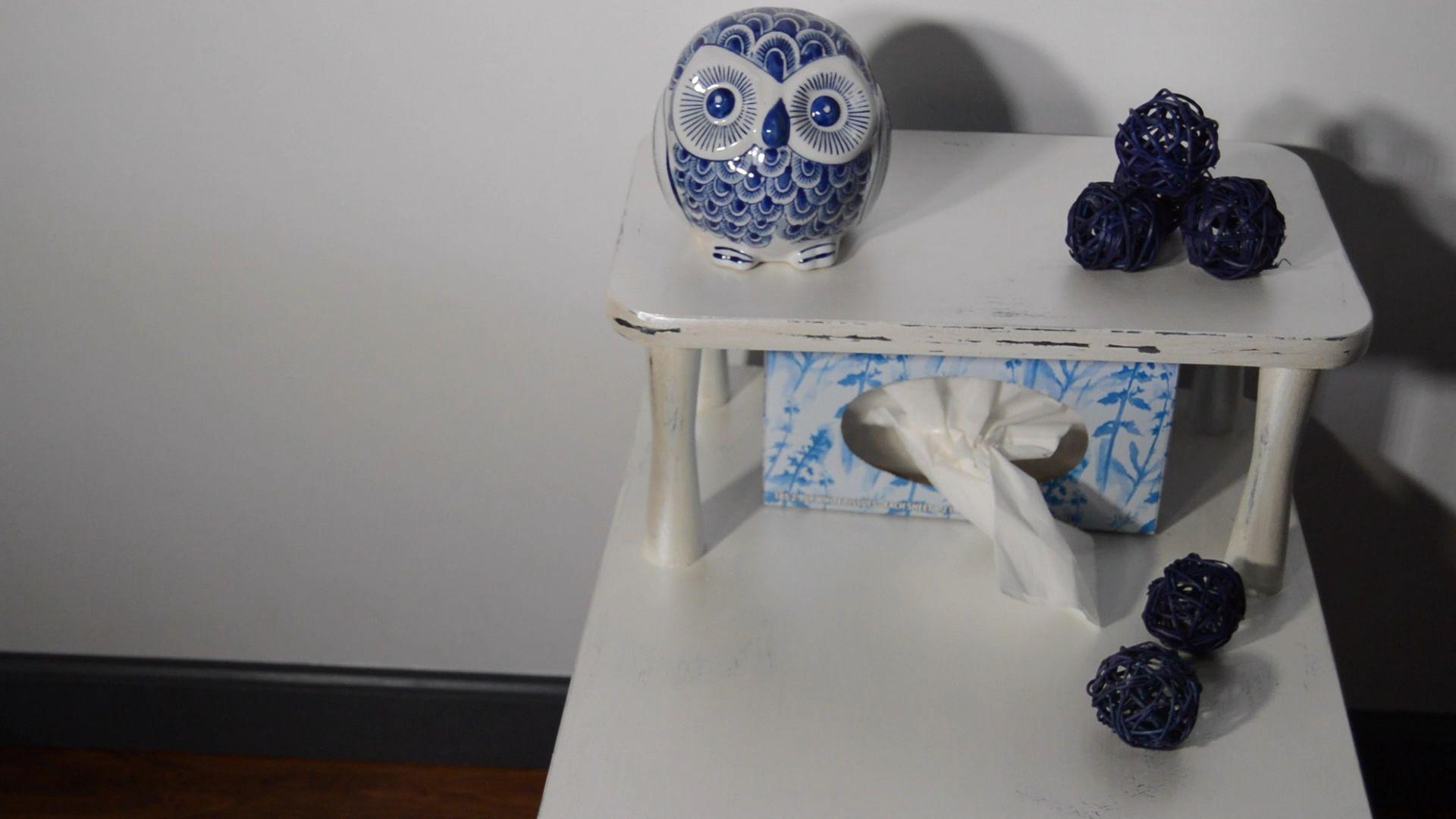 #bluedecor #decoration #decoratingideas #furnitureflip #furnitureflipping #metallic #metallicpaintedfurniture #creativity #table #tablefurniture #makeoverideas #diy
