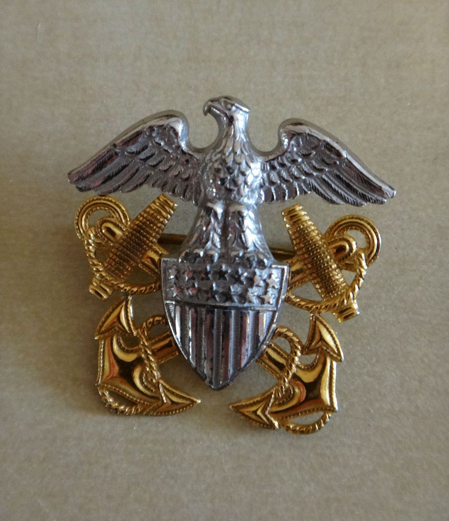 Antiques Us: Vintage WWII US Navy Eagle Shield Anchors Pin Sterling