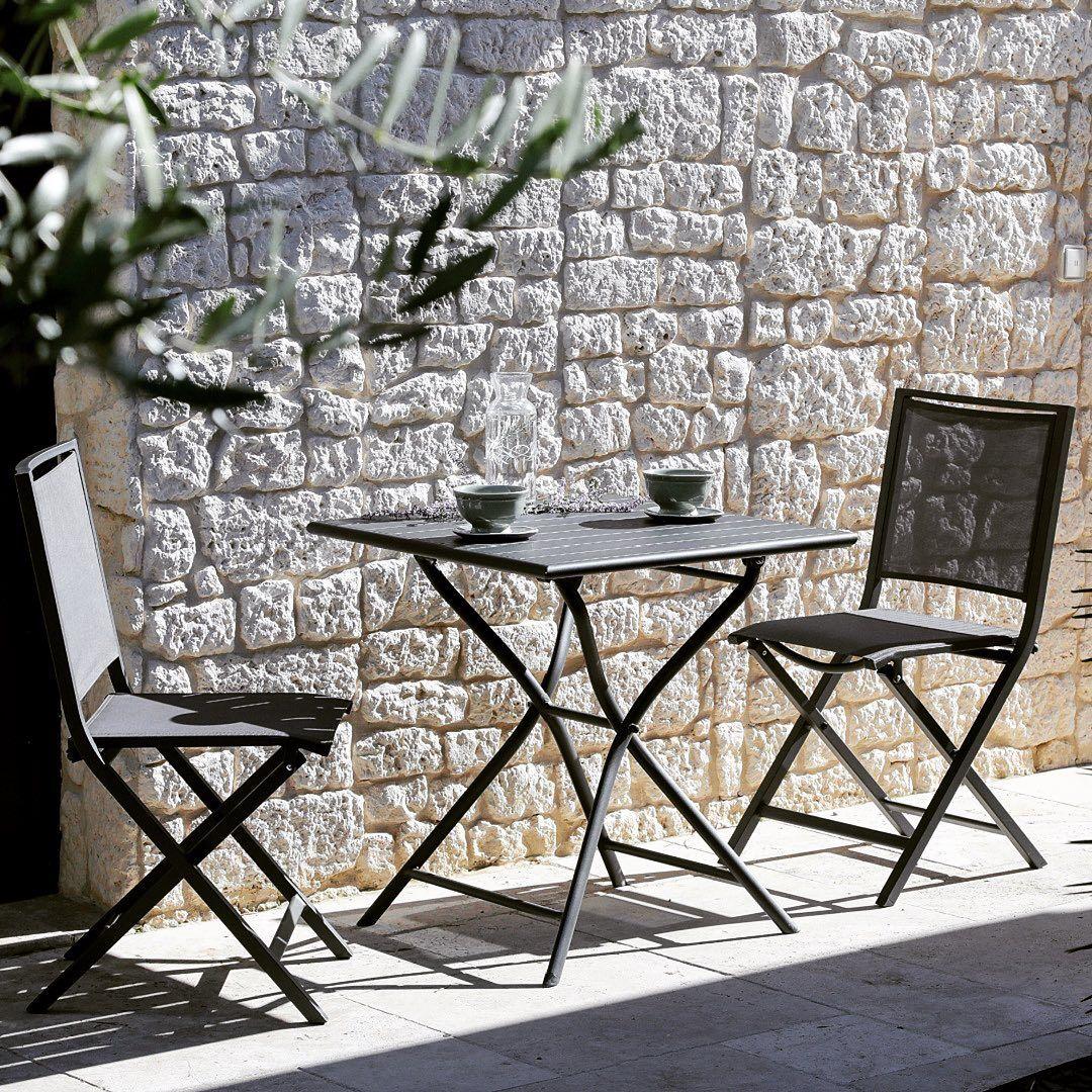 Profitez Bien De Ces Beaux Jours Qui Viennent Proloisirs Myproloisirs Gueridon Gueridon Chaise M In 2020 Outdoor Furniture Outdoor Furniture Sets Outdoor Decor