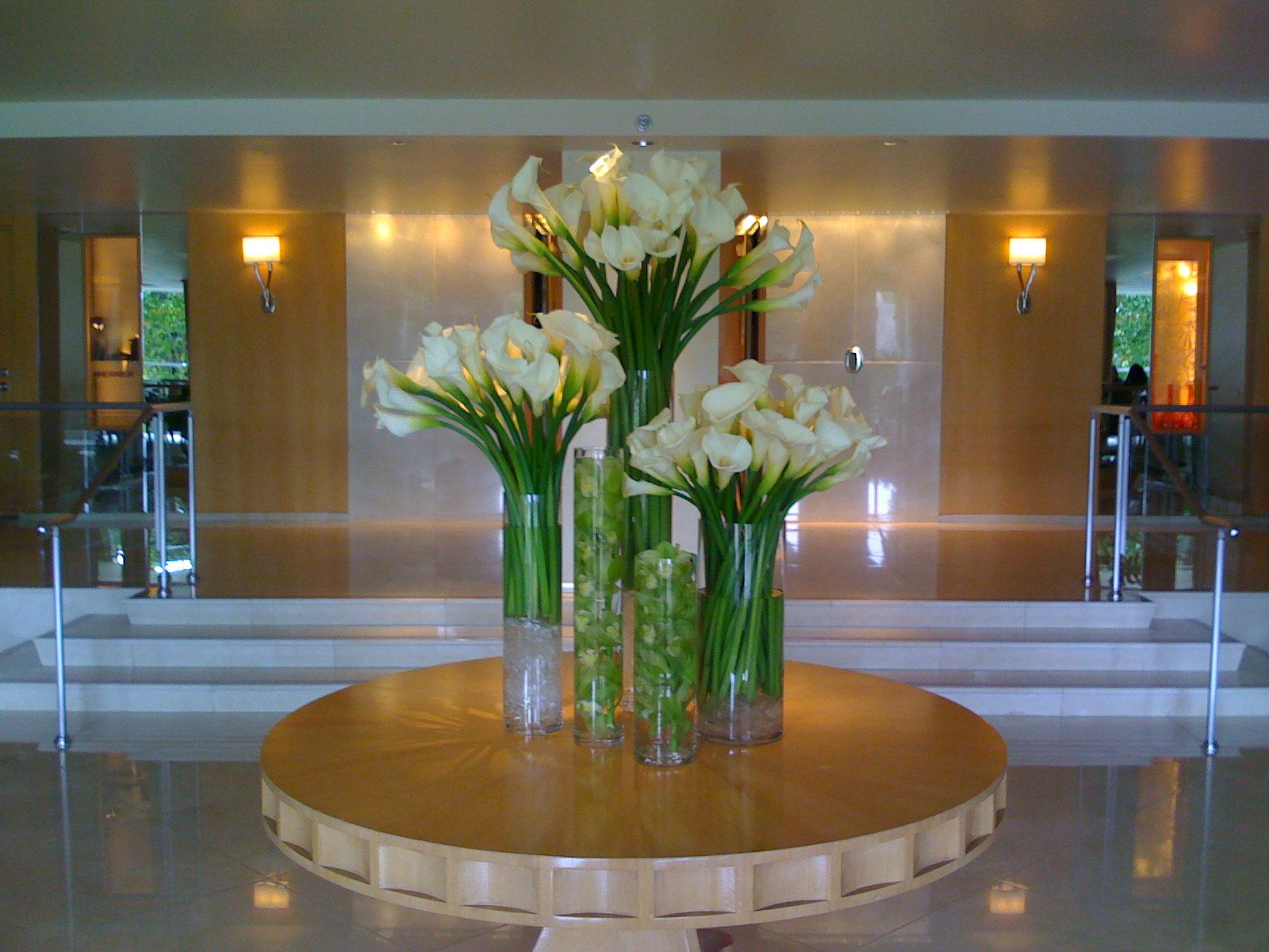 Hotel Foyer Flowers : Pin by stems and things on h o s p i t a l y c r