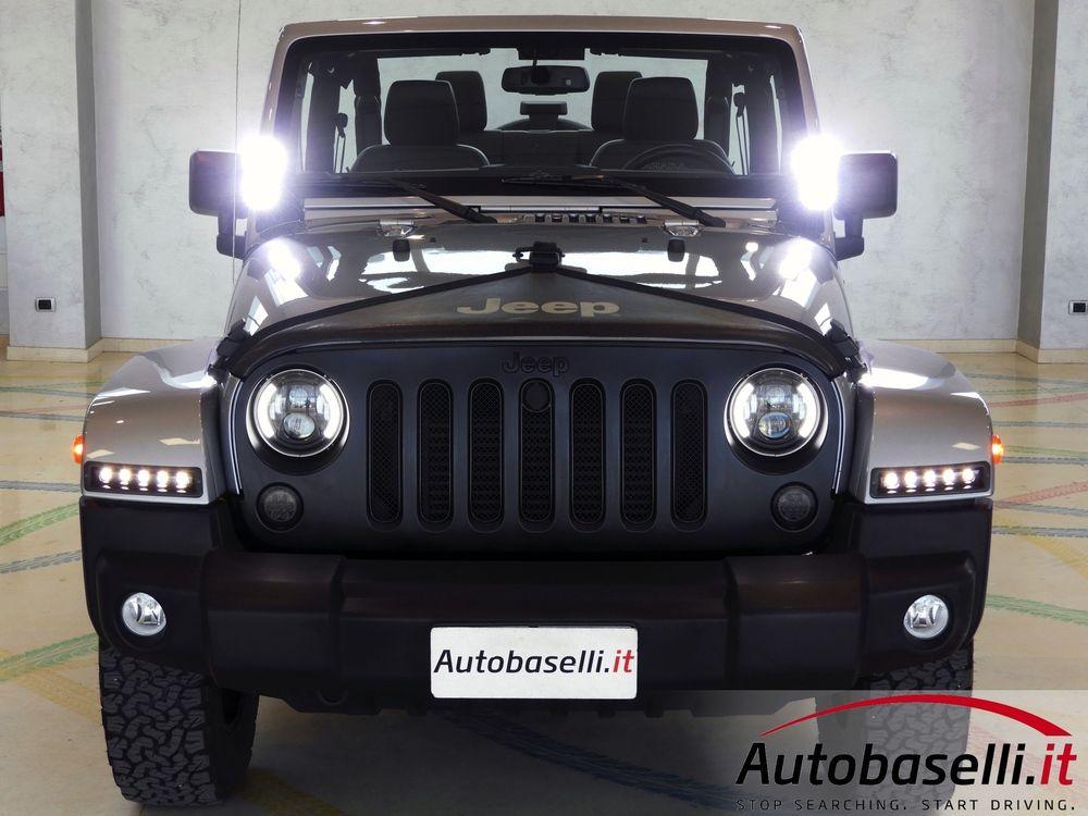 Jeep Wrangler 2 8 Crd Sahara Automatica Autobaselli It Con