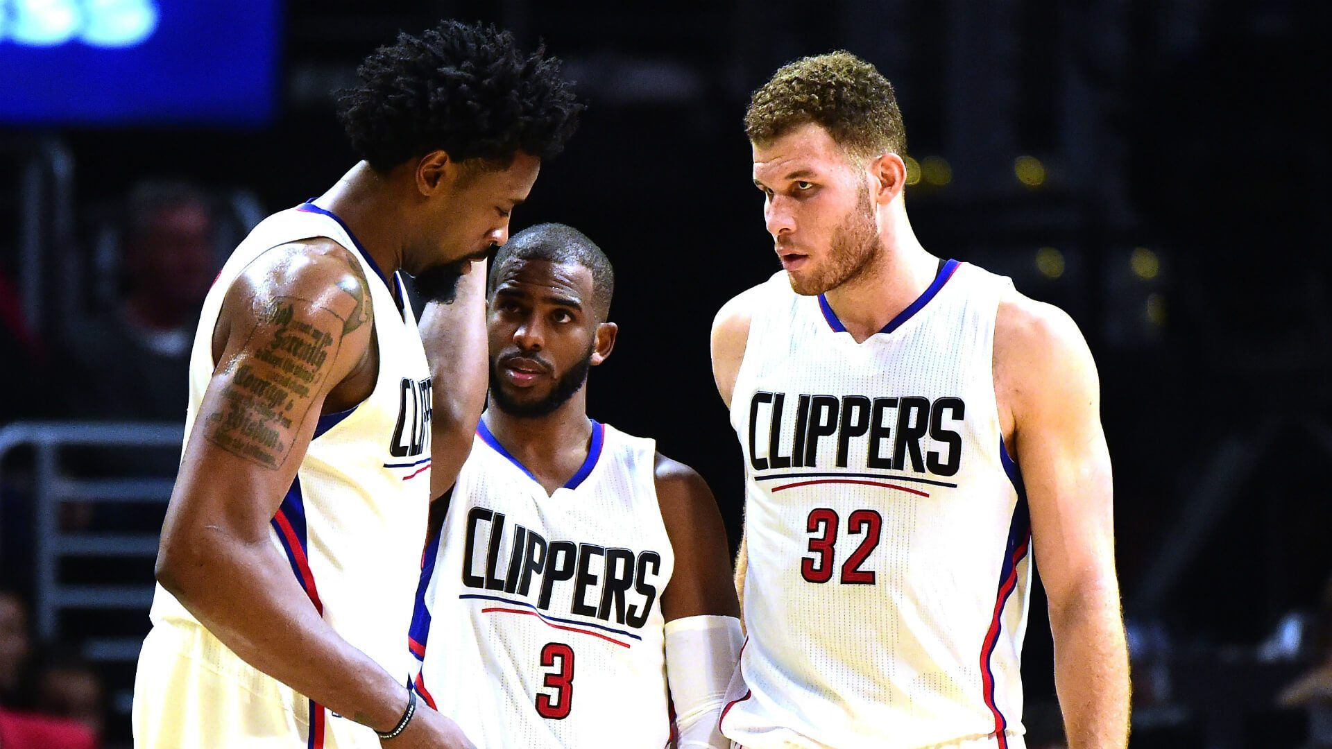Clippers Fans Welcome Chris Paul Back With Blend Of Boos Heres To You Sports Clippers Clippers Depth Chart Clip Blake Griffin Chris Paul Los Angeles Clippers