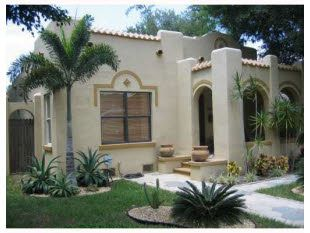 House For Sale St Petersburg Fl 99 000 Spanish Bungalow Spanish Style Homes American Houses