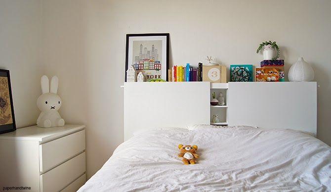 Tête de lit blanche DIY rangement intégré Ikea hack, Bedrooms and - comment fixer un meuble au mur