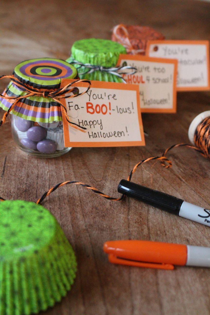 Easy Halloween Treat Jars! Halloween teacher gifts